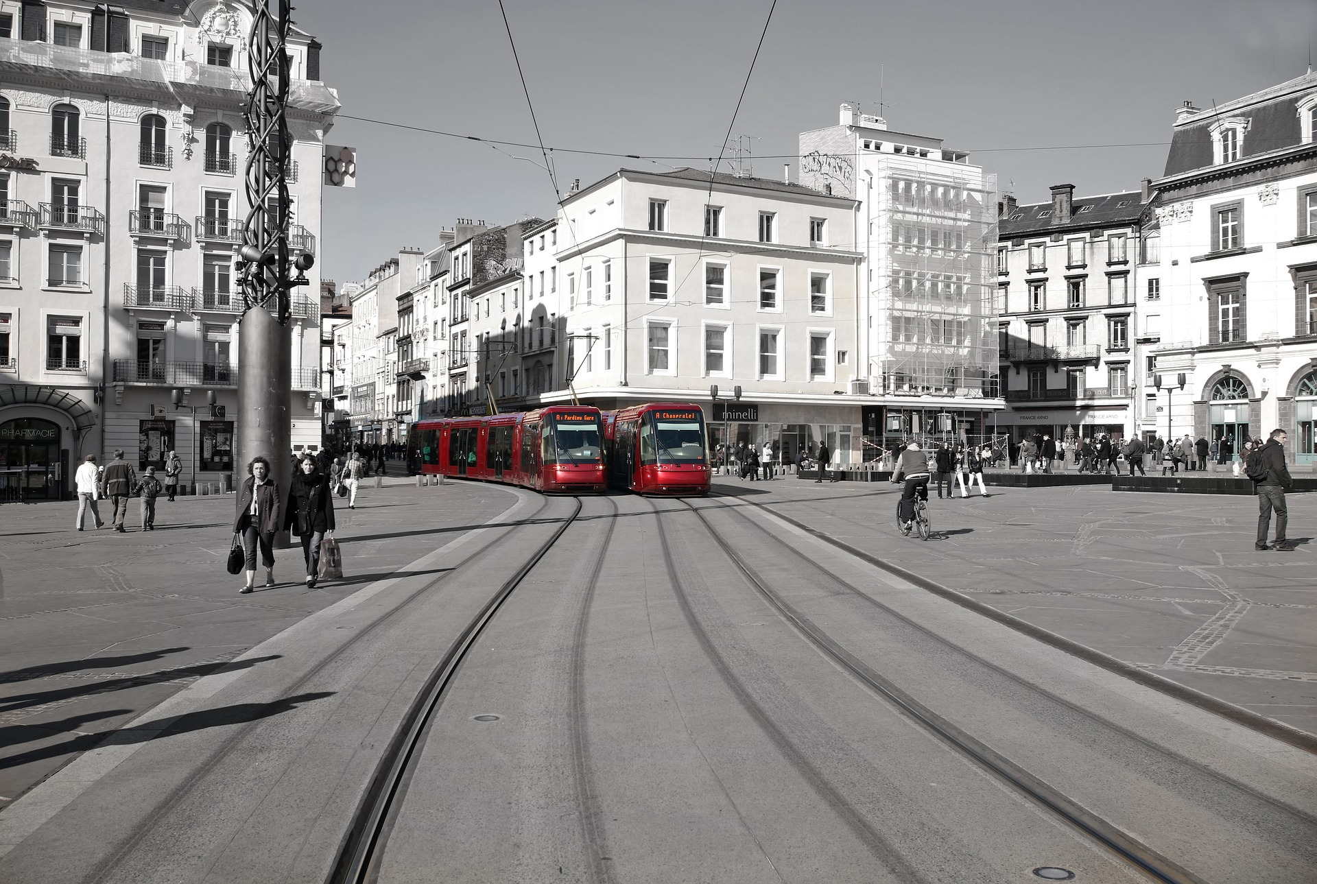 tram-2060768_1920